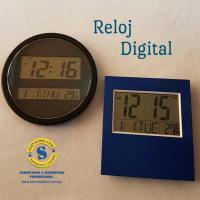 Reloj Dijital para el Escritorio o Pared