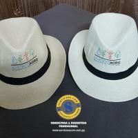 Sombrero con Logo Bordado
